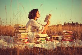 lectura en el campo